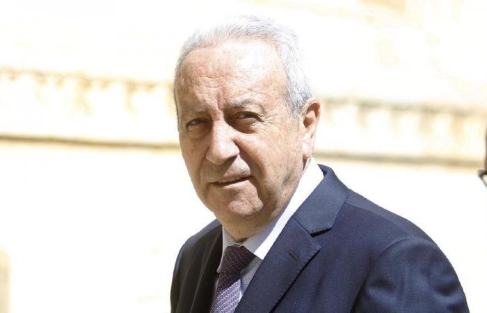 قاطيشا: المطالبة بإقالة عثمان استهداف سياسي