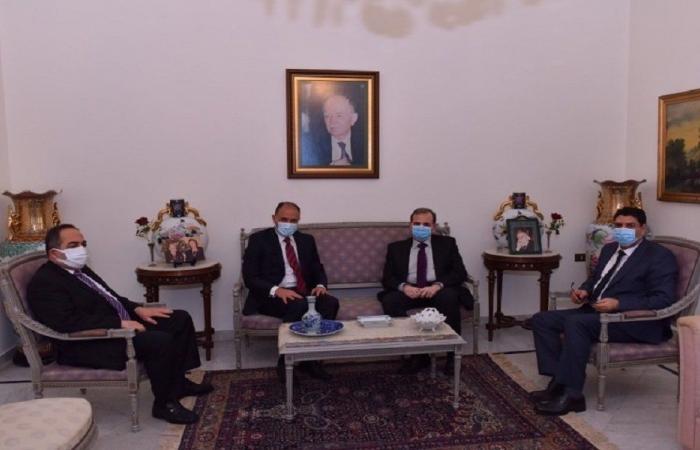 البزري بحث مع السفير التونسي في تعزيز التعاون الصحي