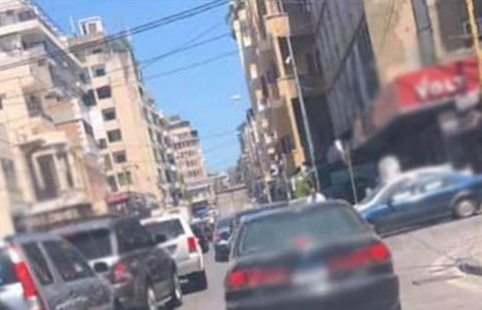الطرقات الى فرن الشباك لا تزال مقطوعة بالاطارات المشتعلة