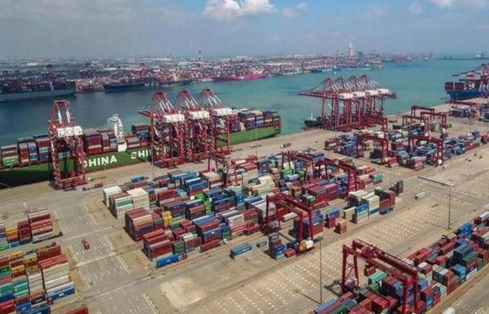 انخفاض 'مهم' بالفائض التجاري الصيني مع أميركا في 2019