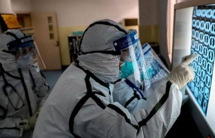 مشكلة جديدة للصين.. الطاقم الصحي يصاب بالكورونا أيضاً!