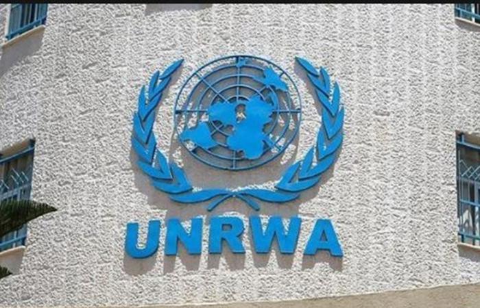 الأونروا تعلّق على توقيف المساعدات المالية للاجئين الفلسطينيين