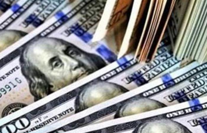 'لعبة' الدولار سياسية.. سينخفض إلى ما دون الـ 5000!