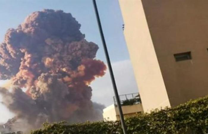 فيديو يوثق لحظات الحريق في العنبر رقم 12 قبل الانفجار الكبير (فيديو)